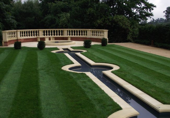 Coping in a design for water rills