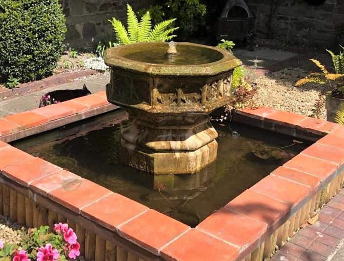 Octagonal Jardiniere fountain